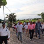 Felipe Cruz Recorre con Ciudadanos Colonia Jardines del Centenario
